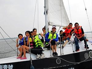大鵬灣-帆船體驗3合1