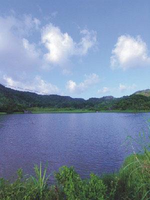 東源湖(哭泣湖)