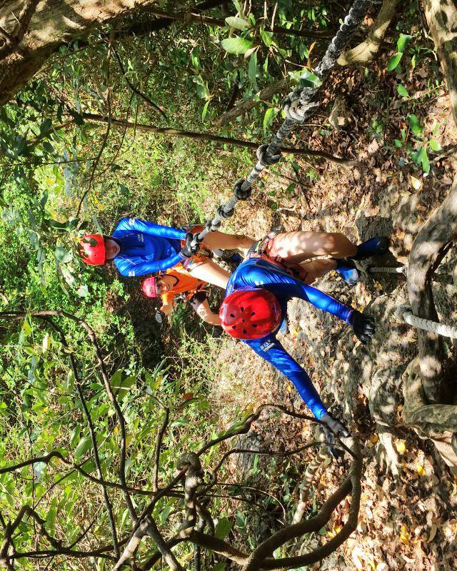 挑戰大自然-七孔瀑布溯溪垂降